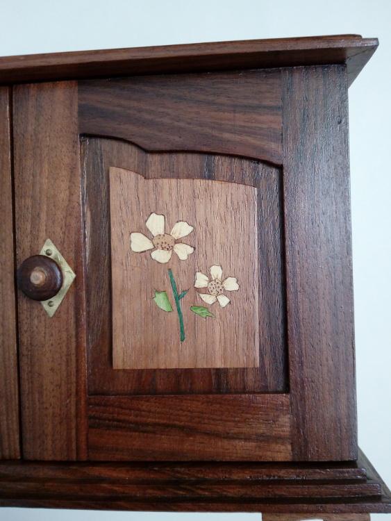 Detalle de puerta con tirador