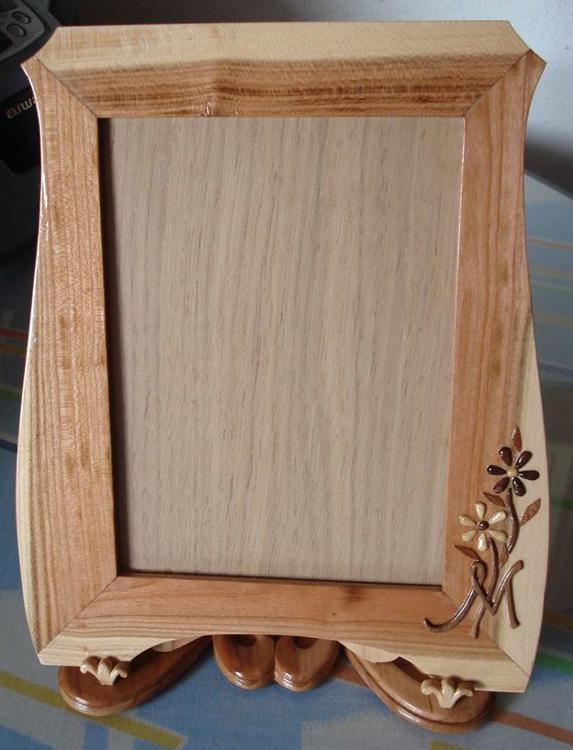 Frente del marco en madera de ciruelo