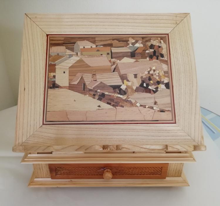 Paisaje realizado en taracea con marco en madera de fresno
